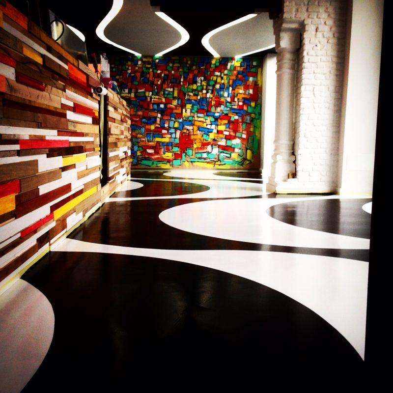 pavimento decorato in resina
